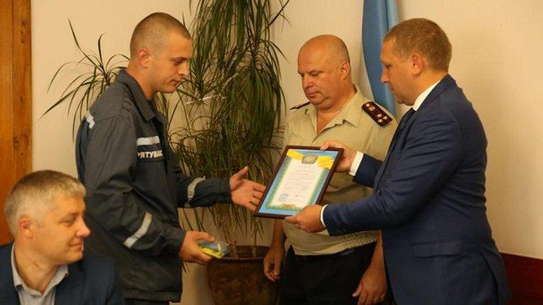 Кременчуцькі пожежники отримали квартири з нагоди професійного свята