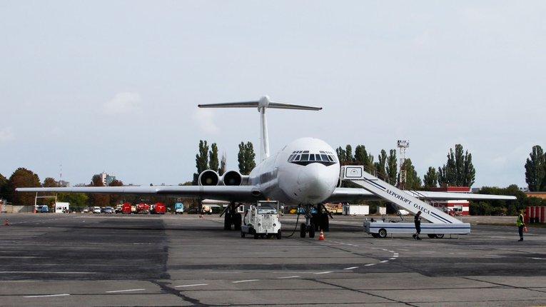 Генпрокуратура та СБУ провели обшуки в одеському аеропорту
