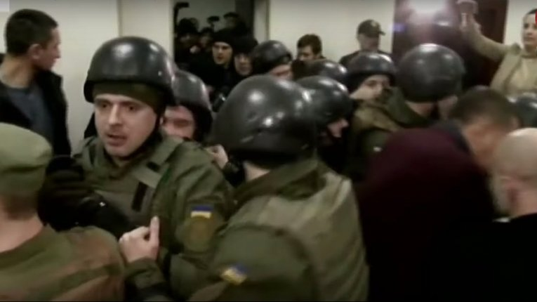 Справа Шеремета: Юлію Кузьменко силою вивели з суду