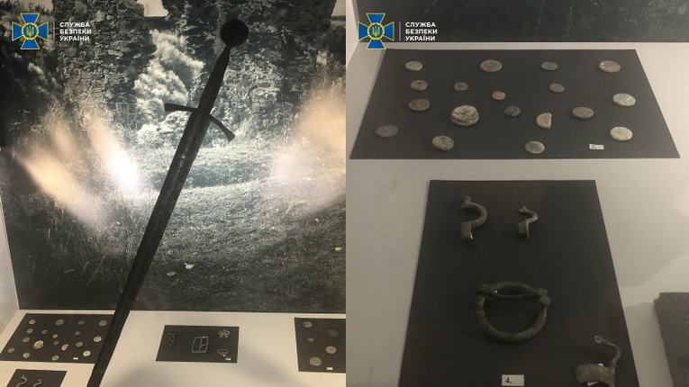 Передані музею предмети старовини