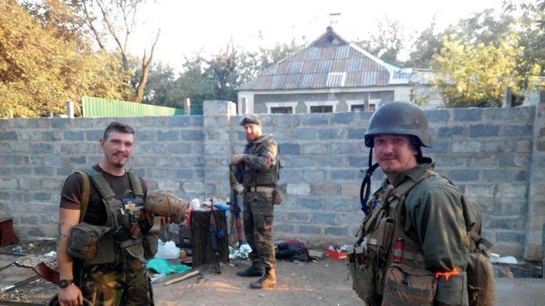 Вадим Єрмілов (праворуч) на фронті