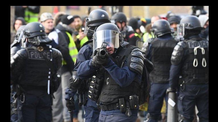 Поліція під час протестів Жовтих жилетів