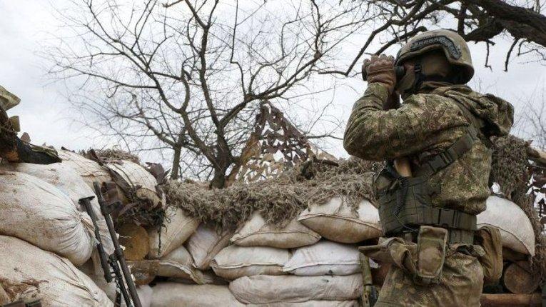 Штаб ООС: бойовики знову обстріляли українські позиції на Донбасі
