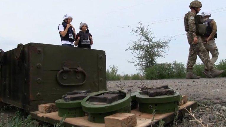 Бойовики мінують місцевість між Оріховим та Золотим-5
