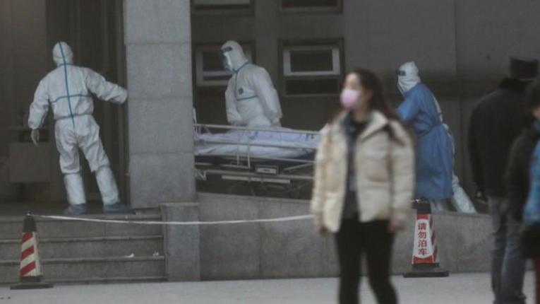Коронавірус: літаки з Китаю в Україні зустрічатимуть санітарні команди МОЗ