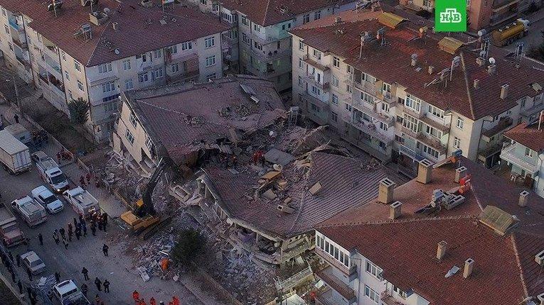 Внаслідокземлетрусув Туреччині загинулопонад 30людей, 1234 – поранено
