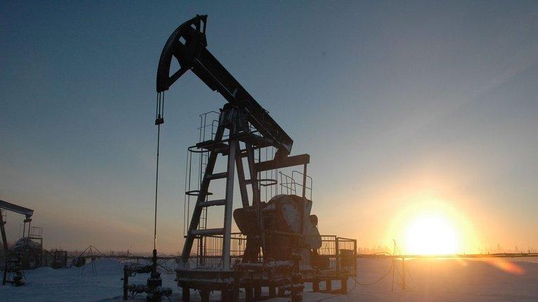 Децентралізація скасовується: уряд відібрав в облрад право погоджувати дозволи на видобуток копалин