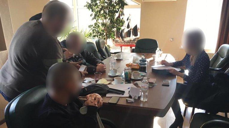 У Вінницькій області депутат міськради вимагав 100 тис дол за голосування