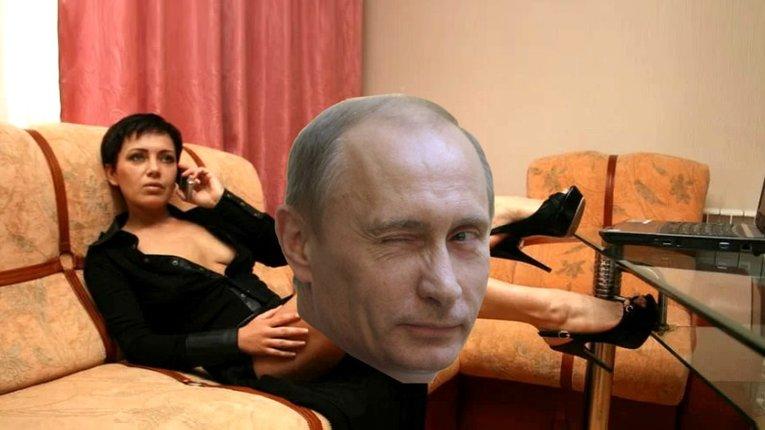 Путін нагородив порнозірку «за внесок у православне мистецтво» (18+)