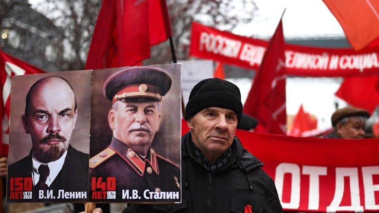 Сталін не помер, він живе у путінській Росії – політолог