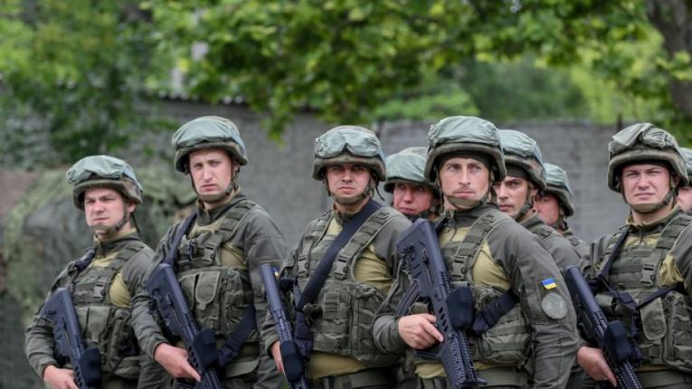 Військові почнуть контролювати дотримання карантину в Україні