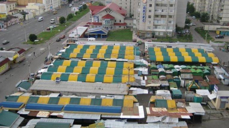 На ринках Кременчука дозволять продавати розсаду