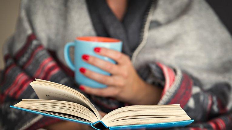 Читання книг допомагає підготуватись до сну