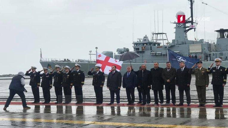 Військові кораблі НАТО пришвартувались у грузинському порту Поті