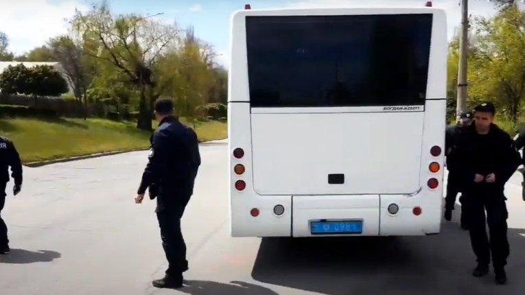 На поліціянтів Запоріжжя, що не дотримуються правил карантину, чекає службове розслідування
