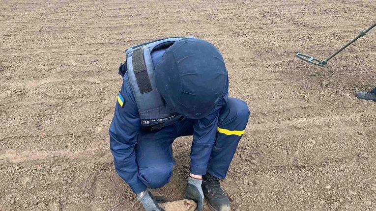 Харківські надзвичайники знешкодили майже півтисячі застарілих боєприпасів