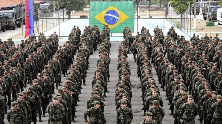 Бразильська армія не допустить узурпації влади та посягань на демократію в країні