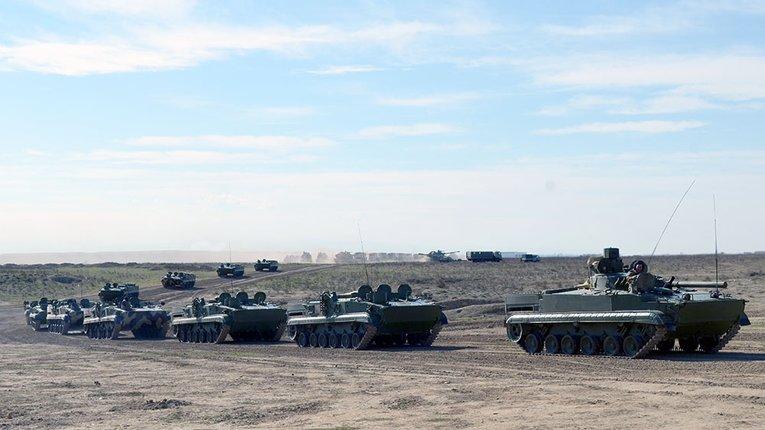 На всій території в Азербайджану проходять масштабні військові навчання