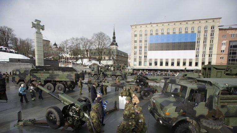 Міністр оборони Естонії закликав сусідів не скорочувати витрати на безпеку з огляду на дії РФ