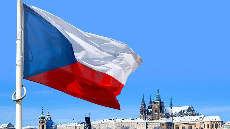 Чехія висилає російських «дипломатів» через причетність до спроб отруїти чеських політиків