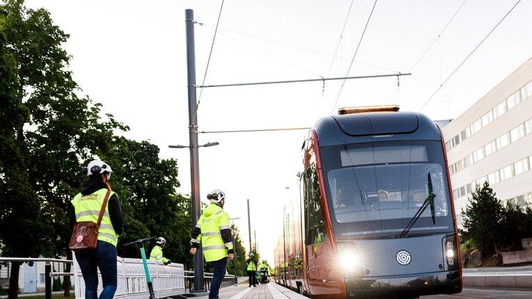 У другому найбільшому місті Фінляндії запускають трамвайне сполучення