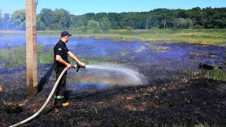 Вогнеборці загасили займання на відкритій території неподалік Полтави