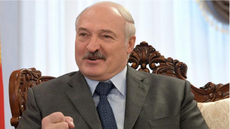 Лукашенко заявив, що переніс коронавірус безсимптомно