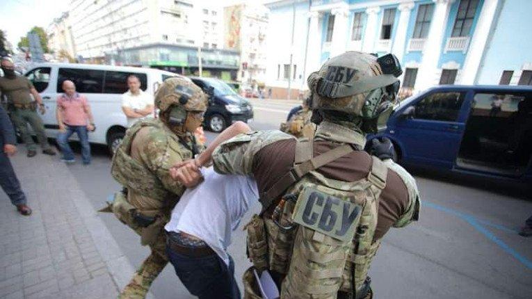 Затримали зловмисника, який захопив відділення банку в Києві