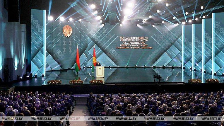На південь Білорусі перекинули ще один загін бойовиків, - Лукашенко