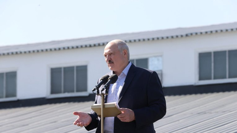 Президент Білорусі Олександр Лукашенко приїхав в Гродно на військові навчання
