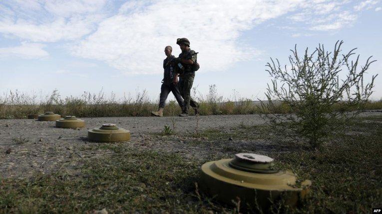 Двоє морських піхотинців підірвалися на міні, яку бойовики закинули дистанційним методом – штаб
