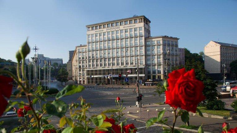 Олігархи з оточення Путіна вклалися у приватизацію готелю «Дніпро»