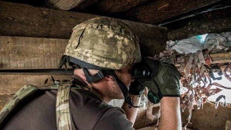 Бойовики обстріляли українських військових неподалік Мар'їнки та Авдіївки