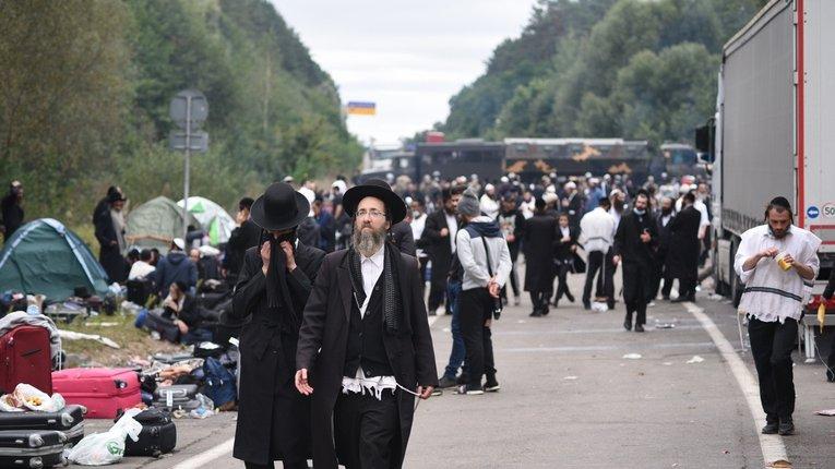 Хасиди покинули білорусько-український кордон залишивши після себе гори сміття