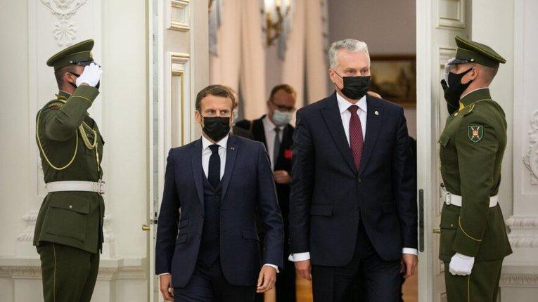 Президент Франції закликав Литву до співпраці з Кремлем