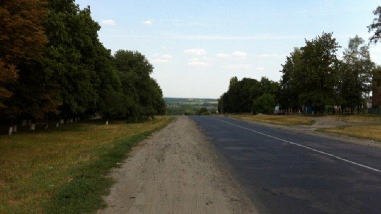 У Карлівському районі готуються до масштабних дорожніх робіт