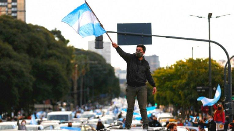 Аргентиною прокотилися антиурядові протести