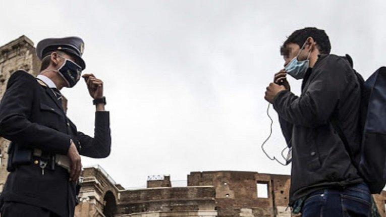 Регіональні уряди посилюють карантинні обмеження в Італії