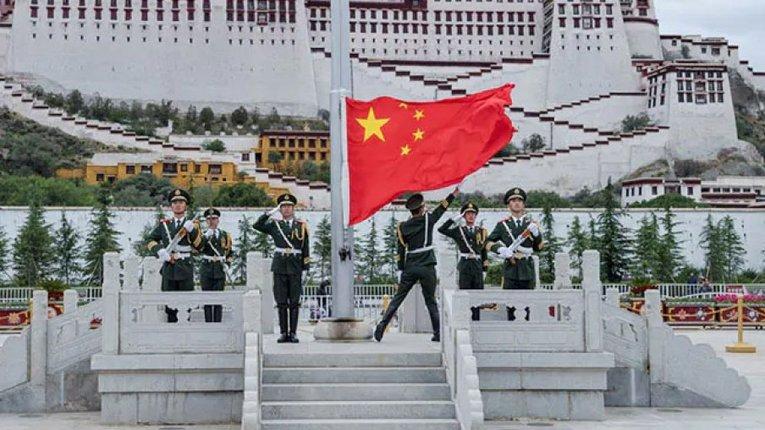 Середмістя Лхаси — столиці окупованого Тибету