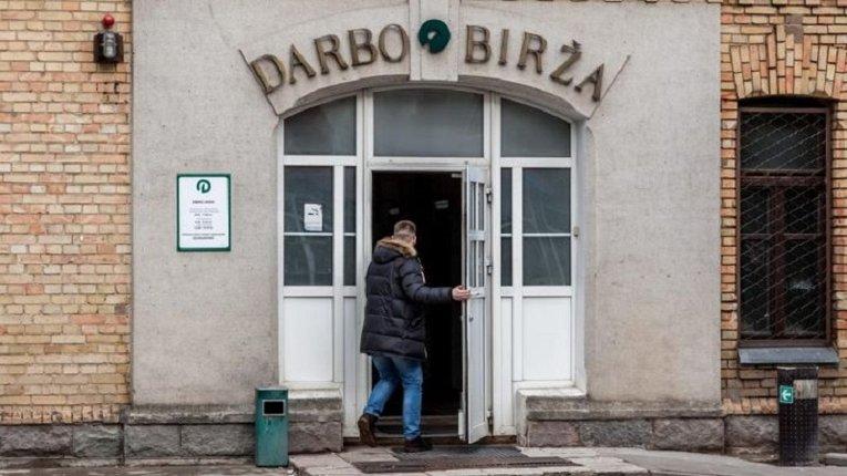Попри високий рівень безробіття у Литві немає кому працювати