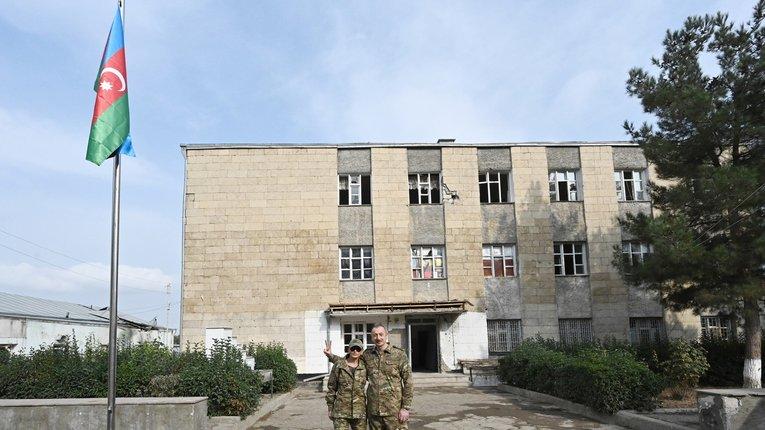Подружжя Алієвих відвідало звільнений Карабах