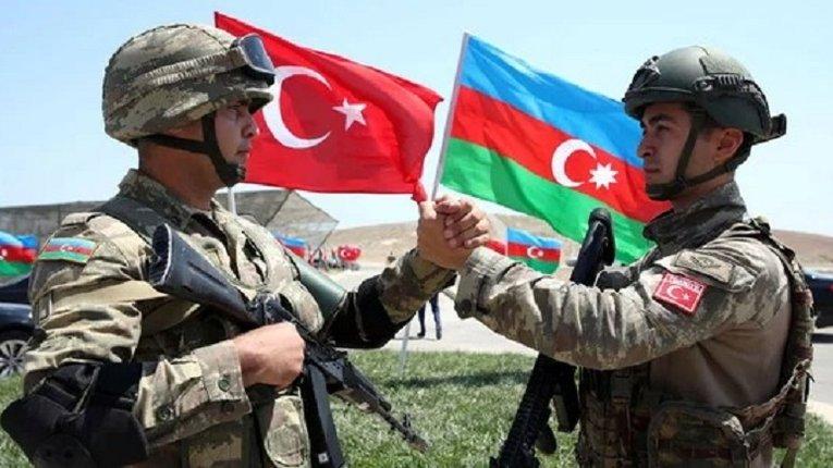 Турецькі війська з бронетехнікою вже відправляються до Азербайджану
