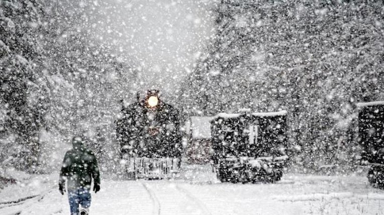 Сумщину завалило снігом