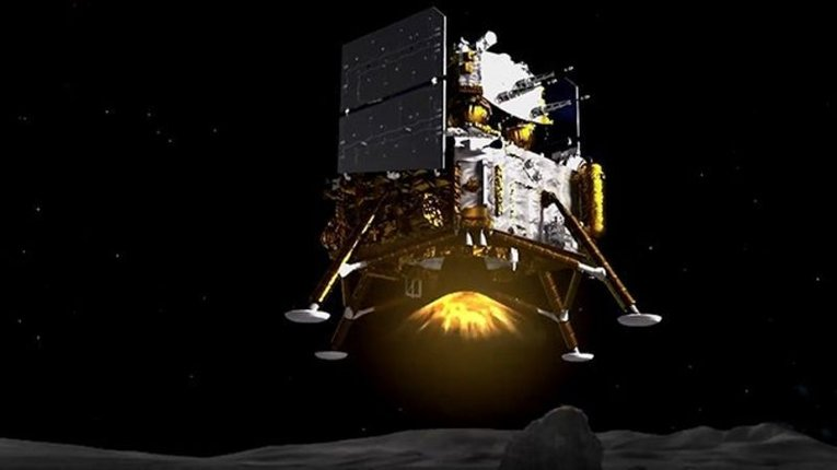 Китайський зонд успішно достався поверхні Місяця