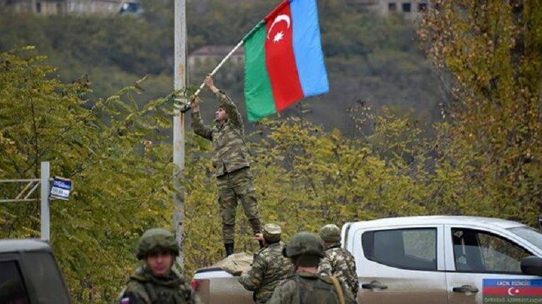 Азербайджанські війська увійшли у звільнене від окупантів місто Лачин