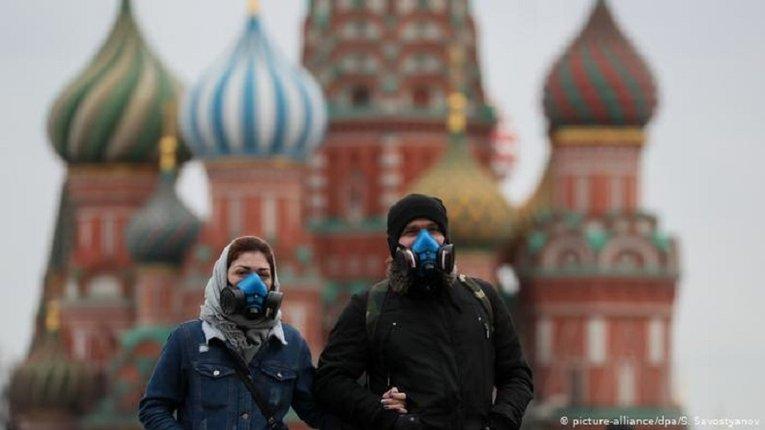 У найбільших містах РФ значно збільшилася кількість хворих на COVID-19