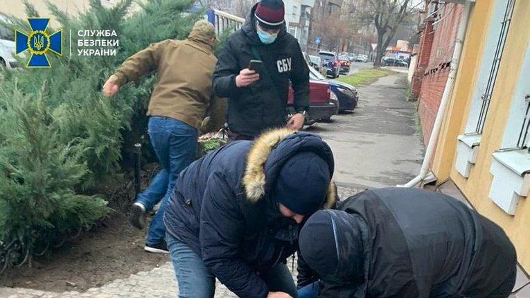 Військовий прокурор попався на отриманні хабаря — СБУ