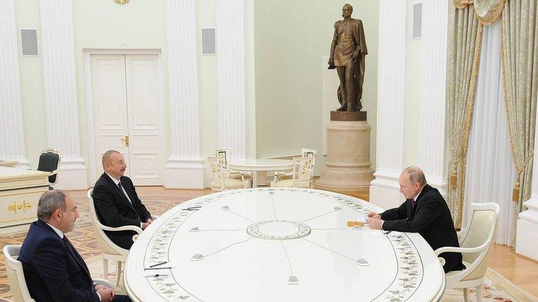 Карабах ніколи не отримає «особливого статусу», — Алієв після зустрічі з Путіним і Пашиняном
