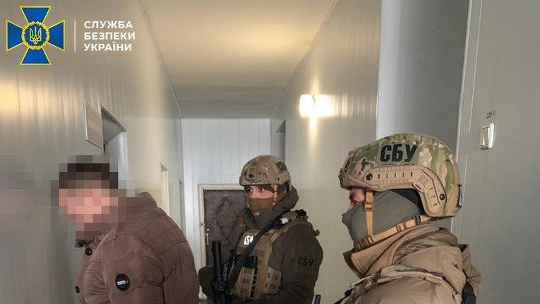 """Контррозвідники спіймали члена фейкової """"прикордонної служби МДБ ЛНР"""""""