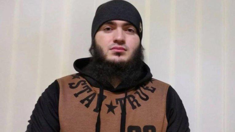 Чиновники ДМСУ відмовили чеченському борцю з путінським режимом у статусі біженця